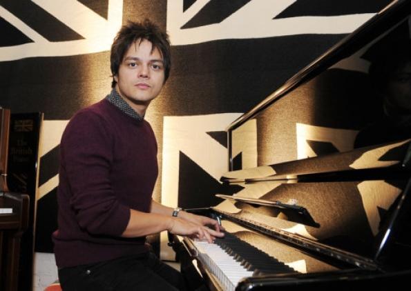 Jamie Cullum at Cavendish Pianos